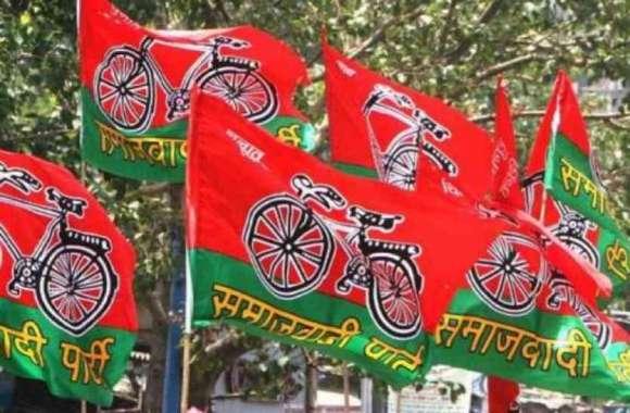 केंद्रीय मंत्री संतोष गंगवार के पत्र के बाद सपा ने ईवीएम पर साधा निशाना, चुनाव आयोग से कर दी बड़ी मांग