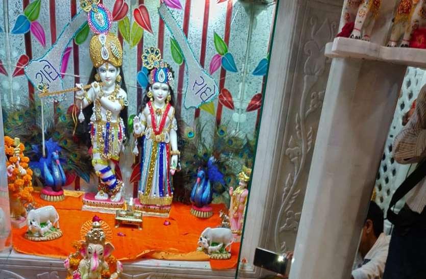 Krishna Janmashtami 2019 : कान्हा की पालकी यात्रा में शिवराज, देखें तस्वीर