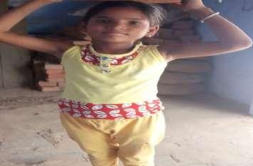 कर्ज के बोझ से दबे दर्जी ने बेटी की गला घोंट हत्या कर खुद ने आत्महत्या की