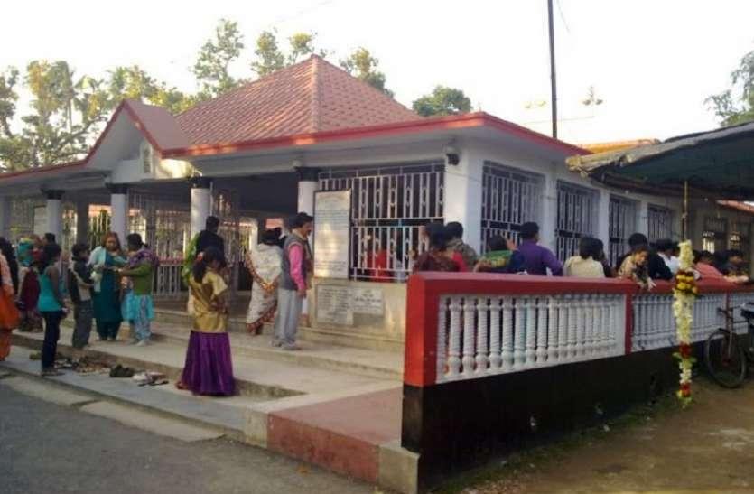 पश्चिम बंगाल बाबा लोकनाथ मंदिर में क्यों मची थी भगदड़? जाने विस्तार से...
