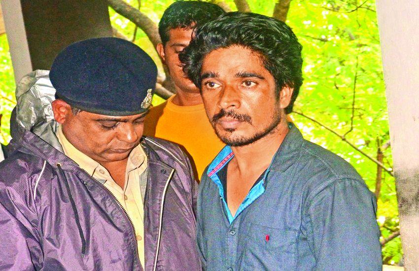 लड़के का मुंह कमोड में डालने वाले गुंडे के 11 अवैध कब्जे और मिले, कई दुकानें दे रखी थीं किराए पर