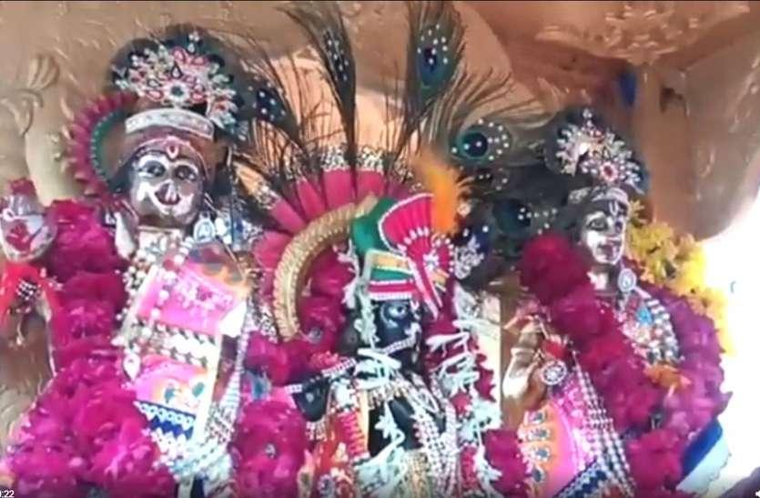 कृष्ण जन्माष्टमी उत्सव, मंदिरों में हुई साज-सज्जा