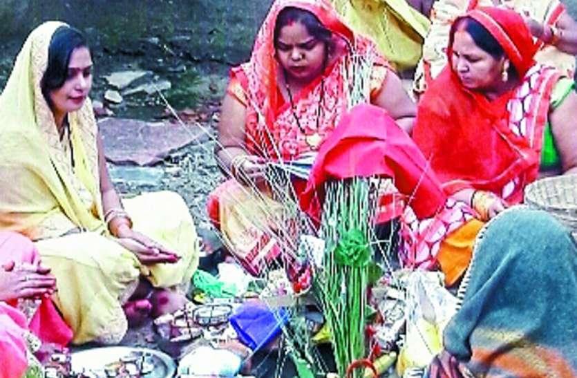 घर-घर पूजे गए बलदाऊ, महिलाओं ने पुत्र के दीर्घायु को रखा व्रत