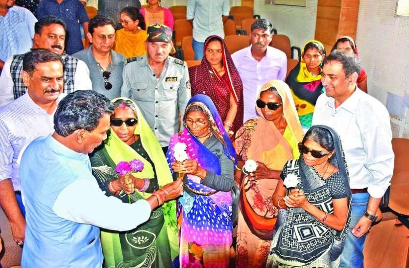 15मरीजों की छीनी आंखों की रोशनी, चेन्नई भेजे गए चारों पीडि़तों की नहीं लौटेगी रोशनी