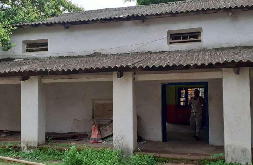 बदहाली का शिकार विराट व्यायाम शाला, तीन साल से बंद पड़ा अखाड़ा,1962 में हुआ था निर्माण
