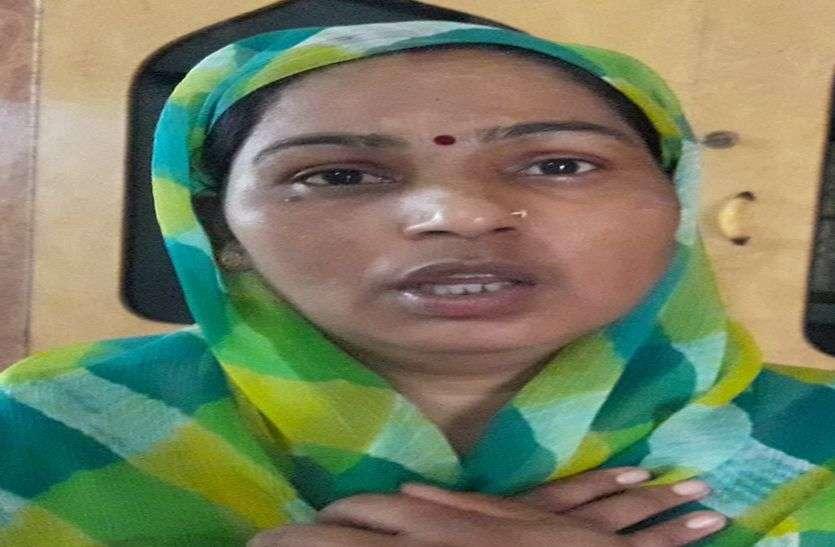करौली के मदनमोहन मंदिर से महिला श्रद्धालुओं के लाखों के जेवरात पार,शिकायत पर पुलिस बोली पहनकर क्यों आई