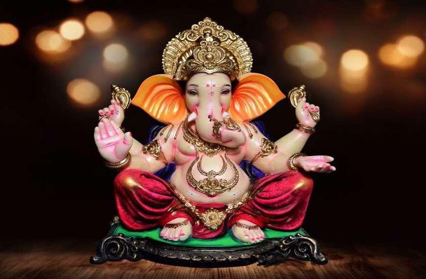 Ganesh Chaturthi: गणेश चतुर्थी कब है और कैसे करें पूजा-अर्चना, इन बातों का रखें ध्यान