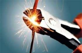 यूपी के इस शहर में बकायदारों के खिलाफ चला अभियान, सरकारी विभागों सहित 230 लोगों की काटी गई बिजली