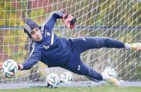 फुटबॉलर गुरप्रीत सिंह संधू ने अपना अर्जुन अवॉर्ड वरिष्ठ खिलाड़ियों को किया समर्पित