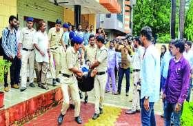 72 करोड़ के बैंक डिफाल्टर राठी को टांगाटोली कर ऐसे ले गई पुलिस, परिवार ने किया हंगामा