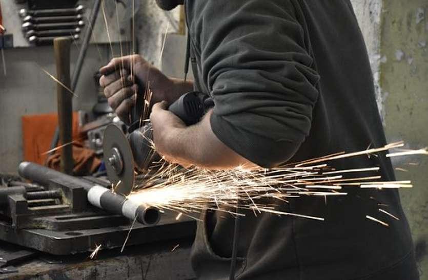 मंदी की मार से गुजरात में इंडक्शन फर्नेस उद्योग में 7000 बेरोजगार