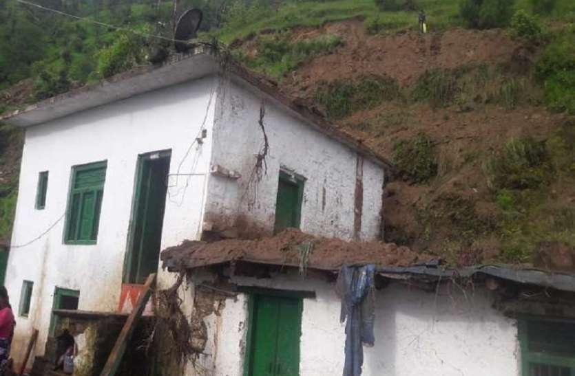 आसमान से बरसी आफत: घर जमींदोज, किशोरी की मौत, पल में चली गई परिवार की खुशियां