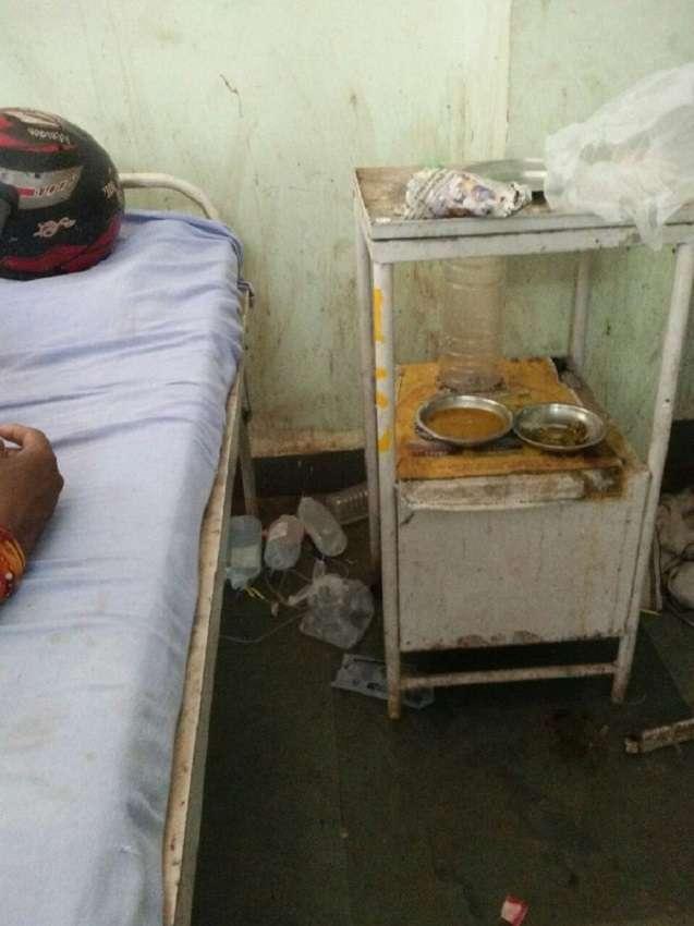 गुना अस्पताल के 59 सफाईकर्मी अचानक गए हड़ताल पर