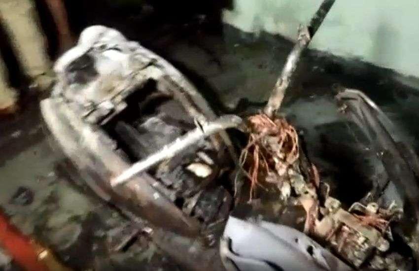 VIDEO : अपार्टमेंट में रात साढ़े 3 बजे लगी भीषण आग, सात लोग झुलसे, तीन गंभीर