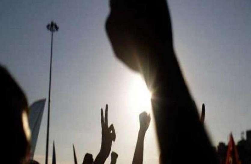 Vinayaka chaturthi: दो समुदायों के बीच तनाव, युवक घायल
