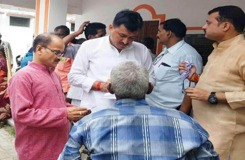 सांसद मेनका गांधी के पहल पर लगा राष्ट्रीय व्योश्री योजना/एडिप योजना के तहत परीक्षण शिविर, किया गया 219 वरिष्ठ नागरिको व दिव्यांगजनो का चयन