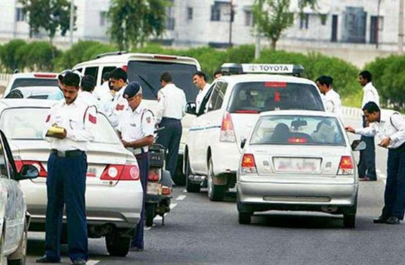Knowledge@Patrika: DL या गाड़ी के कागज नहीं दिखाने पर तुरंत चालान नहीं कर सकती Traffic Police, जानिए अपने अधिकार