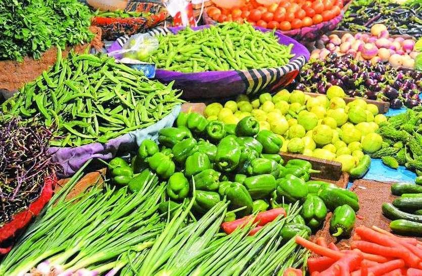 सिर्फ राजा बेहाल, बाकी सब्जियां हुईं 'लाल'
