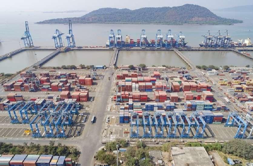 पाकिस्तान की अकड़ पड़ी ढीली, भारत में चोरी छिपे कर रहा खजूर आयात