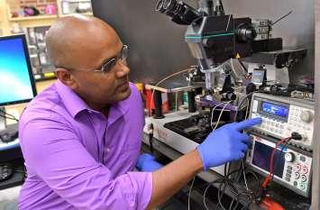 भारतीय ने बनाई ऐसी चिप जो कैंसर के सेल्स को शरीर में फैलने से पहले पहचान लेगी