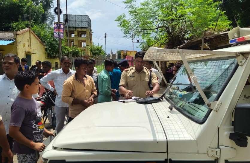 यातायात नियमों के उल्लंघन पर 28 वाहन चालकों के खिलाफ हुई चालानी कार्रवाई