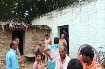 यूपी के मिर्जापुर में घर में सो रहे युवक की सिर कूचकर हत्या