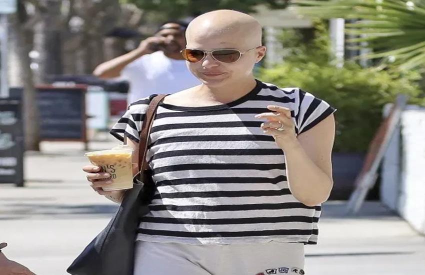 एक्ट्रेस ने पोस्ट की खुद की ऐसी बोल्ड तस्वीर, लोगों ने दी पैंट पहनने की सलाह