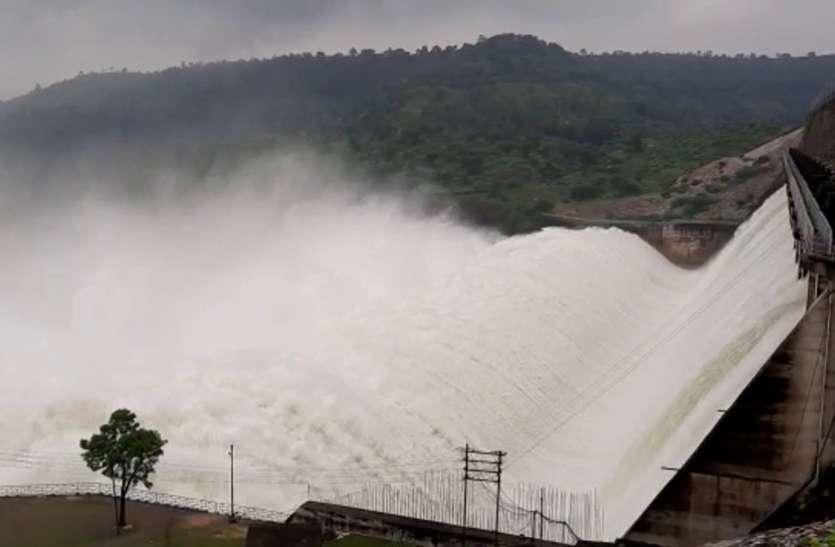 कुशलगढ़ में डेढ़, बांसवाड़ा, सज्जनगढ़ और भूंगड़ा में एक इंच से ज्यादा बारिश, माही बांध के 16 गेट फिर खोले