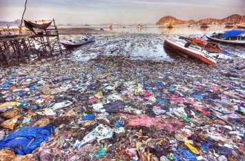 Dangerous Sign : मुंबई के समुद्र में 2050 तक मछलियों से ज्यादा तैरेगी प्लास्टिक