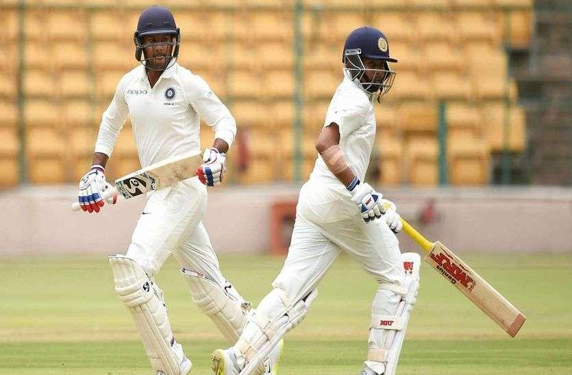 इंडिया-ए ने दक्षिण अफ्रीका-ए पर कसा शिकंजा, गिल और गेंदबाजों ने पहुंचाया मजबूत स्थिति में
