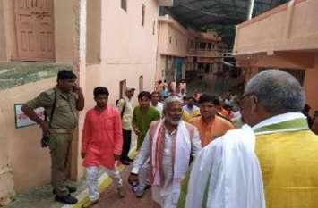 सपा बसपा ने प्रदेश को लूटा :  स्वतंत्र देव सिंह