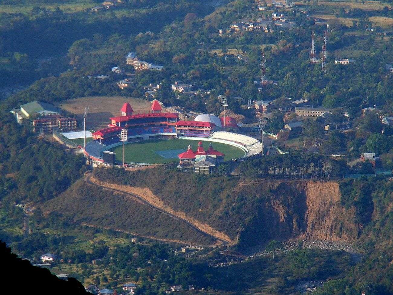 dharmshala_stadium.jpg