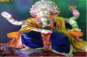 भगवान गणेश को चढ़ाए 151 किलो आलू के पकाैैड़े और 201 किलो दूध की खीर का भोग