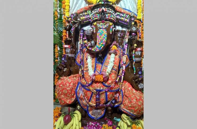 300 साल प्राचीन है जोधपुर के चांदपोल स्थित सिद्धेश्वर गणेश, चॉकलेटी दिखती है प्रतिमा