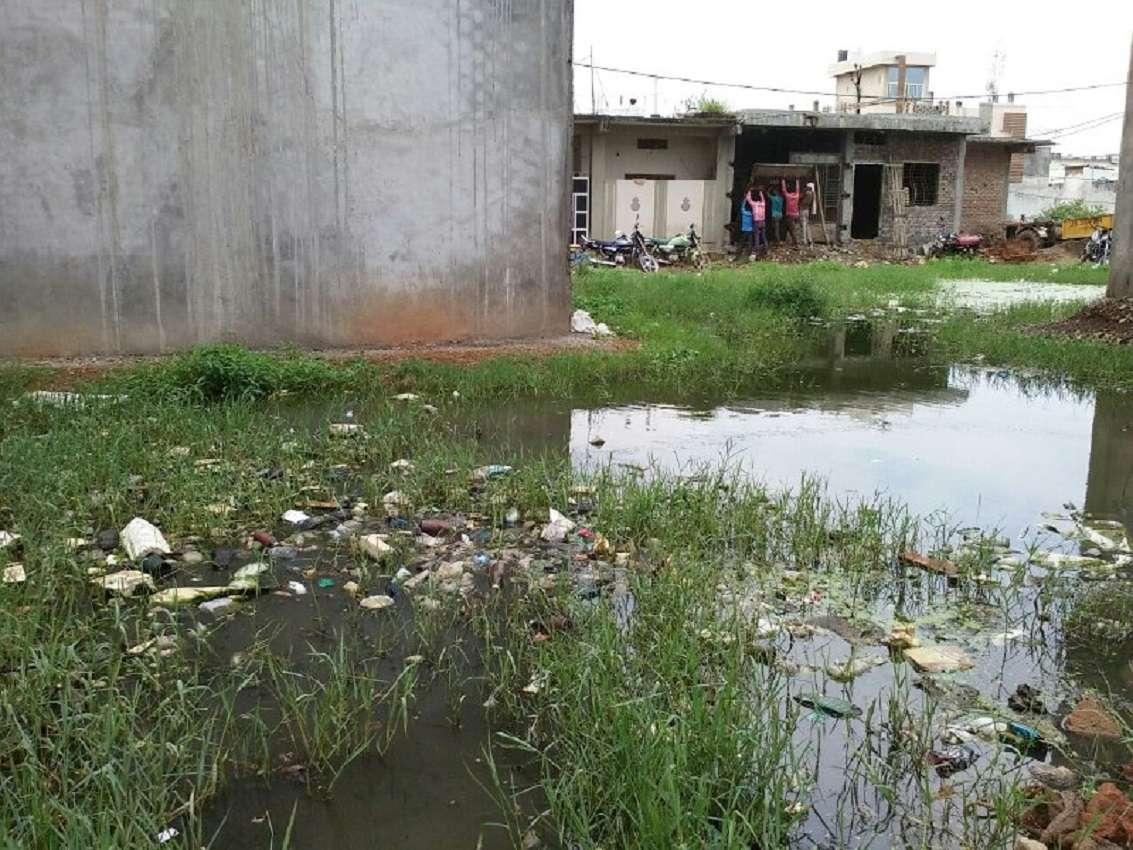 भवन स्वामियों से करोड़ों रुपए विकास शुल्क जमा कराने के बाद सुविधाएं नहीं दे रही नपा