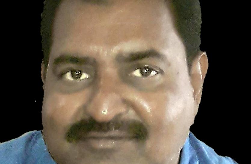 हिंदी दिवसः आईना तोड़ने वाले तुझको यह ख्याल रहे अक्स बँट जाएगा तेरा भी कई हिस्सों में