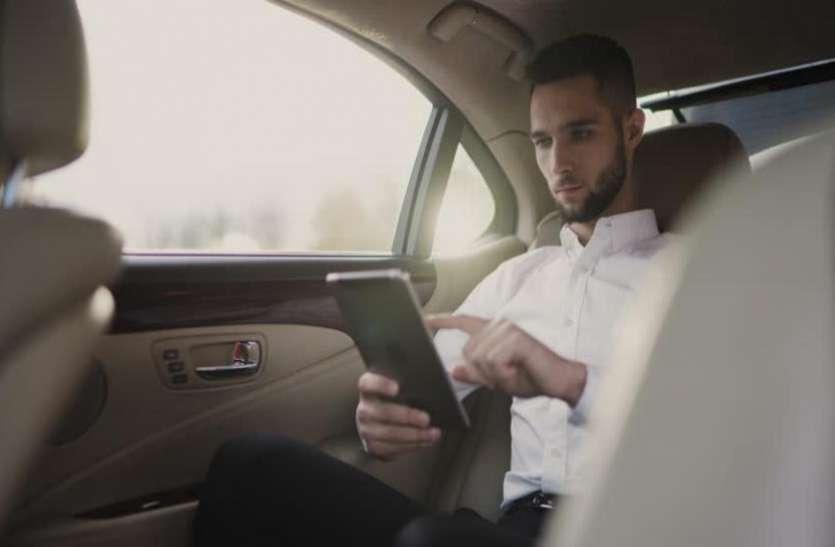 Traffic Rules: अगर बैठे हैं कार की पिछली सीट पर और नहीं किया ये काम, तो भी कटेगा आपका चालान