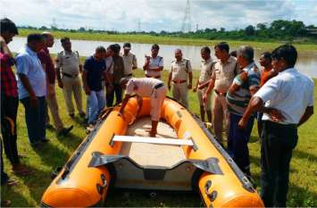 मयार नदी में रेस्क्यू कर पुलिस ने गोताखोरों की मदद से बरामद किया शव, गणेश विसर्जन करते समय डूब गए थे दो दोस्त