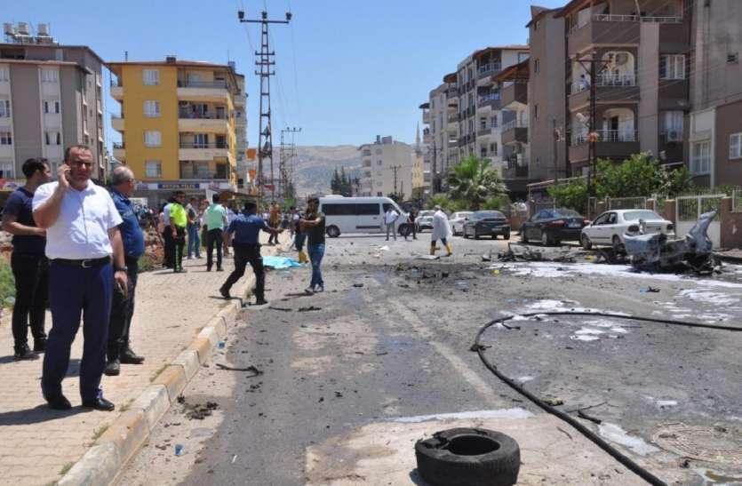 तुर्की में भयंकर ब्लास्ट में सात की मौत, आतंकियों ने सड़क पर लगाया था विस्फोटक