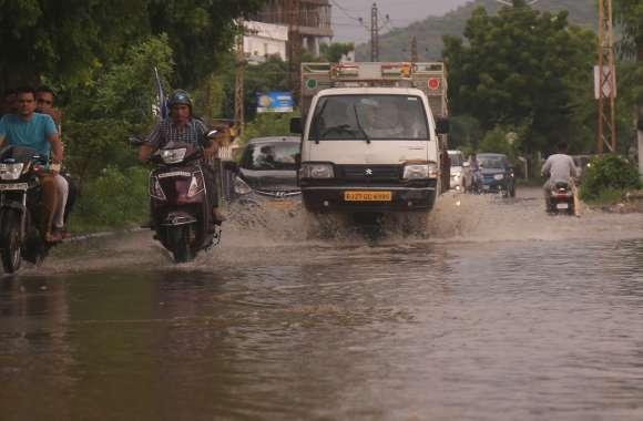 उदयपुर में जाता जाता मॉनसून फिर हुआ सक्रिय...भारी बारिश की चेतावनी