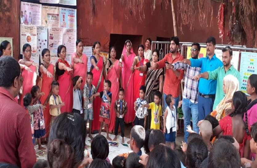 PM Modi constituency के बच्चो और अभिभावकों ने ली शपथ, नशा व कुपोषण को करेंगें दूर