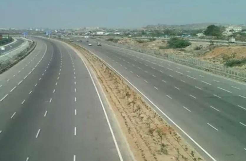 Purvanchal Expressway अप्रैल के अंत तक हो जाएगा पूरा, दाैड़ने लगेंगी गाड़ियां