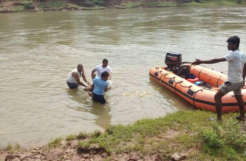 बाढ़ के संकट से लड़ने की चुनौती