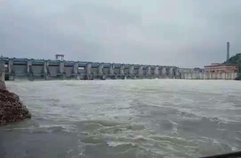 बीसलपुर बांध बनने के बाद पहली बार खोले एक साथ 17 गेट, जानें कब-कब खोले गए बांध के गेट