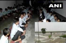 राजस्थान : चित्तौड़गढ़ जिले में बाढ़ जैसे हालात, 24 घंटे से स्कूल में फंसे 350 छात्र और 50 शिक्षक