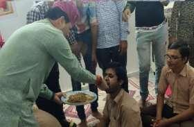 केंद्रीय मंत्री कैलाश चौधरी ने प्रधानमंत्री नरेंद्र मोदी का जन्मदिन मूक बधिर विद्यार्थियों के साथ मनाया...देखिये वीडियो