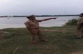 तेजी से बढ़ रहे गंगा के जलस्तर एक बार फिर सहमे लोग, लोगों को किया गया सतर्क