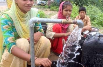 Water Problem: खूब बरसा पानी,फिर भी नहीं मिल रहा 'पीने का पानी'