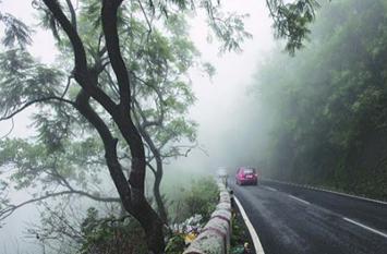 उत्तराखंड के पर्वतीय इलाकों पर बादलों की नजर, इन 6 जिलों में भारी बारिश का अलर्ट