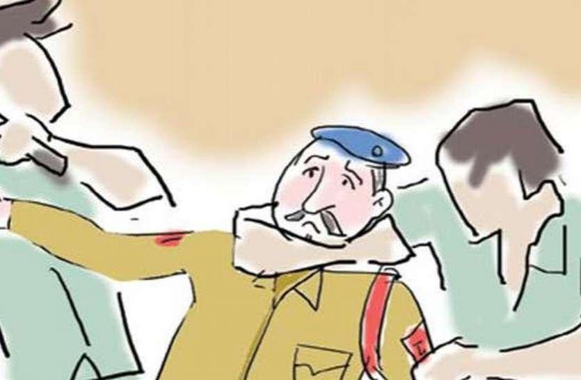 सुरक्षा की 'लाठी' पर बेरोजगारी की चोट